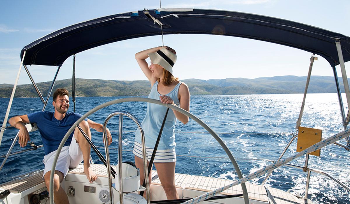 """MS Marintjänst hjälper er gärna att se till att ni får er bästa båtchartersemester i Kroatien. Fyll i era önskemål och behov i vårt formulär """"Intresseanmälan Hyra båt i Kroatien"""" så återkommer vi till er med våra förslag"""