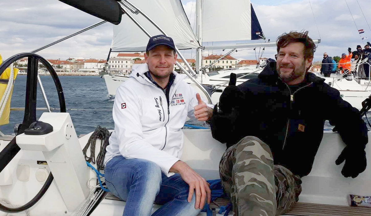 MS Marintjanst i Biograd med kund som ska göra sitt livs bästa investering genom att köpa ny segelbåt i Kroatien i Yachting Center Biograd Charter Management program